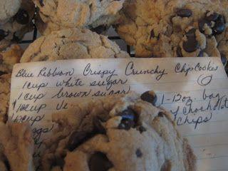 Gramma John's Blue Ribbon Chocolate Chip Cookies (URS: The Cookie mmaThrowdown) | Life As Mom