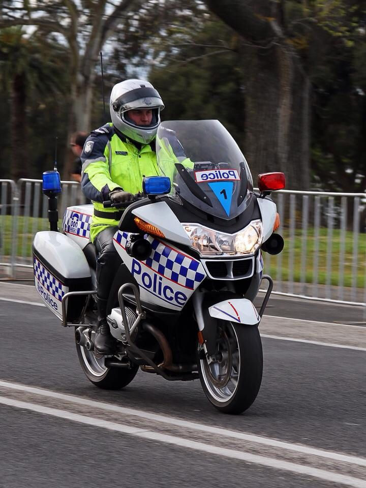 54 best motorbike police images on pinterest | motorbikes