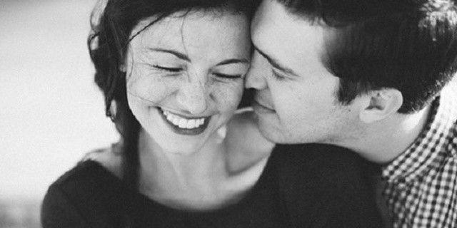 4 Besos Que Solo Dará Un Hombre Enamorado En Pareja En 2020 Hombre Enamorado Relaciones De Pareja Felices Relacion De Pareja