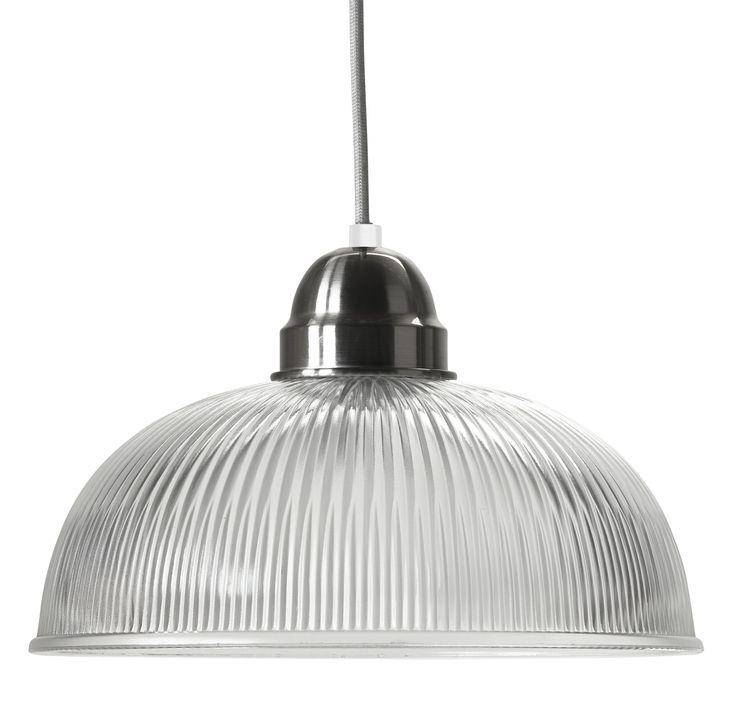 Detaljrik taklampa i glas och metall i satinfinish. Ingår i en serie.