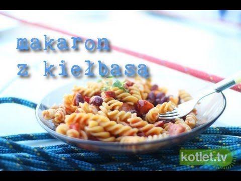 Szybki makaron z kiełbasą przepis | Kotlet.TV