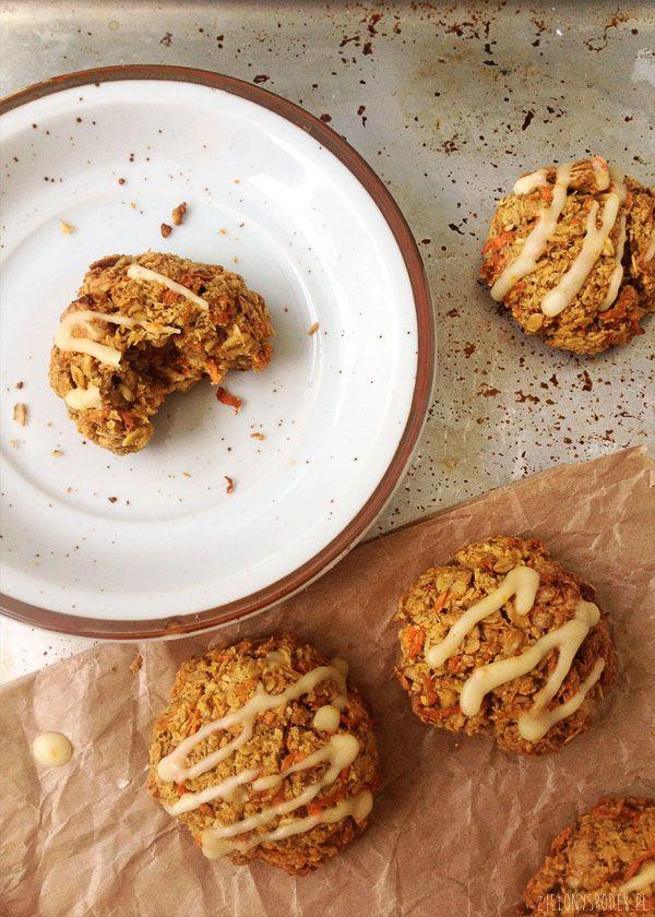 ciastka marchewkowe z płatkami owsianymi i pomarańczą - zielony środek