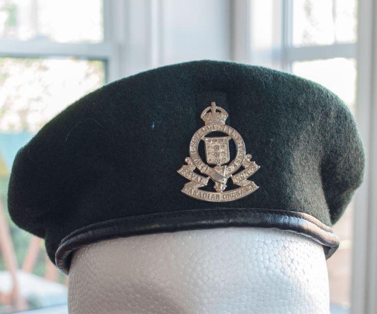 Beret militaire de l'armée canadien du Royal Corps Canadian Ordnance de la boutique 3rvintages sur Etsy