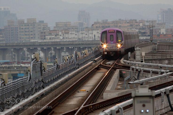 Popular on 500px : Taoyuan International Airport Access MRT System by digitalphotoshop