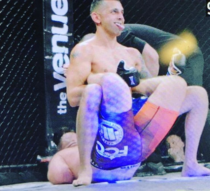 Have you ever seen anything like this?!  Full Contact Contender's #FCC19 saw #fighter #JonnoMears earn a first round submission victory over #AaronJones by employing a #BostonCrab  a classic #wrestling move also known as #WallsOfJericho.   The W puts Mears at 2-0 in his pro MMA career but maybe he should consider #WWE instead!   Did you see the move? What did you think? Tell me in the comments and don't forget to press like  and follow for all the latest MMA news!  Every fighter  has a story…
