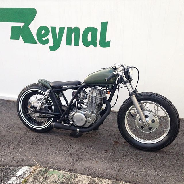 新作!NEW!! #sr400 #sr500 #bobber #yamahasr #custombike #三木市 #神戸 #caferacer #カスタムバイク #green #chopper
