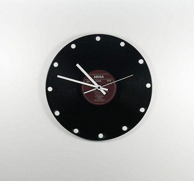 Uhren - Schallplattenuhr Points 1.0 - ein Designerstück von Zauberholz-Berlin bei DaWanda