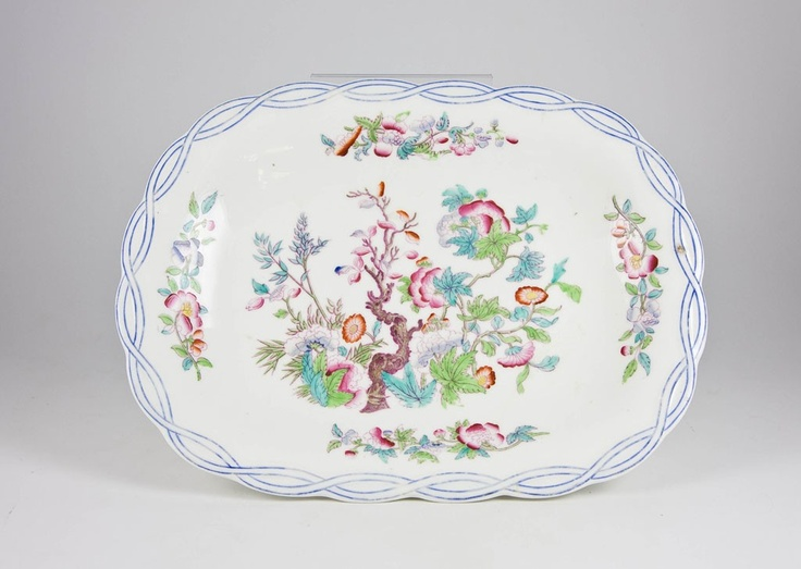 19th Century English Victorian Painted Porcelain Oval Stem Bowl