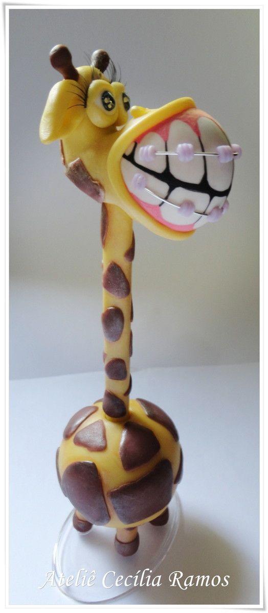 Caneta Personalizada Girafa com Aparelho.