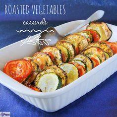 Roasted vegetables casserole, a delicious side dish for Christmas and Thanksgiving. Recipe available in English.  Geroosterde groenten ovenschotel, een heerlijk Thanksgiving of kerst bijgerecht. Recept ook in het Nederlands