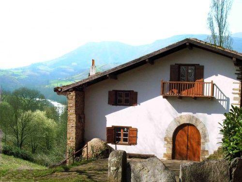 Vacances louhossoa : location Maison individuelle à louhossoa