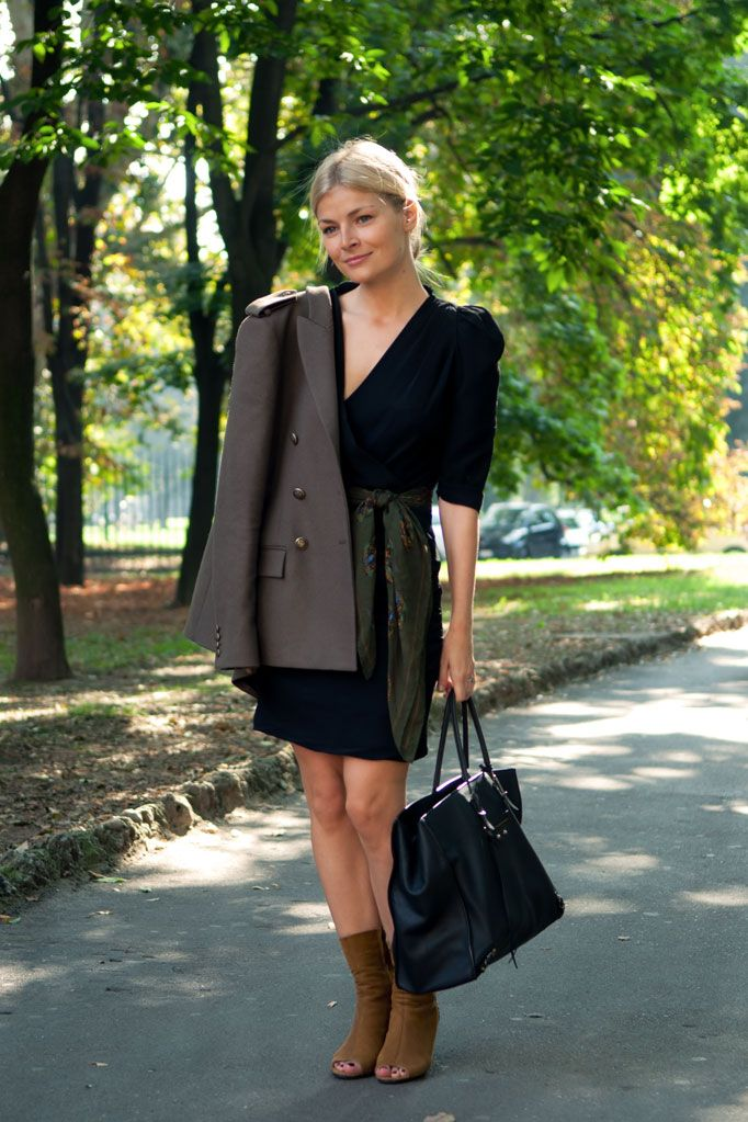 Joseph Woman Idaho Covertible Crepe Midi Dress Black Size 40 Joseph lrPAwsL