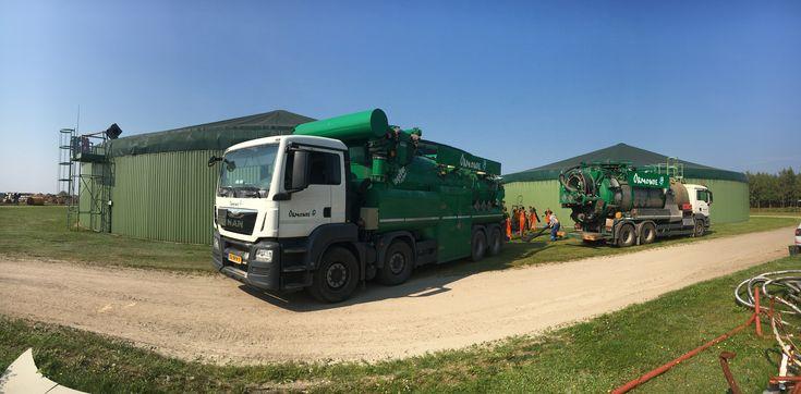 Sací bagr firmy Ormonde je určen pro průmyslové čištění a je vhodný pro sání, vyfukování a transport suchých, tekutých a nebezpečných látek, jako jsou katalyzátory, prach, popílek a kaly. Sací bagr a obslužný personál Ormonde zajistí poskytnutí služeb na nejvyšší úrovni zahrnující čištění technologií, odprašování, čištění nádrží, čištění bioplynových stanic, čištění sil, čištění jeřábových drah, čištění ve stísněných prostorech, čištění v uzavřených prostorech. www.ormonde.cz