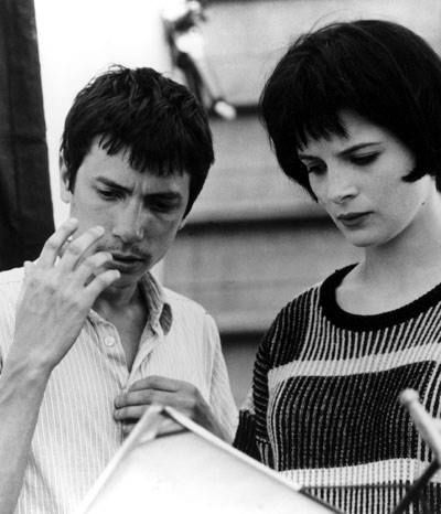 Leos Carax and Juliette Binoche on the set of Mauvais Sang (1986).
