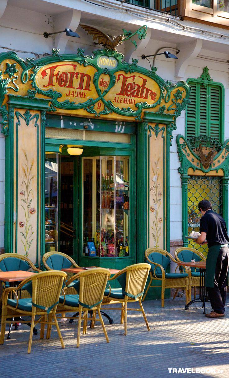 Eine der ältesten und schönsten Bäckereien Mallorcas –nicht nur für Naschkatzen ein Muss!
