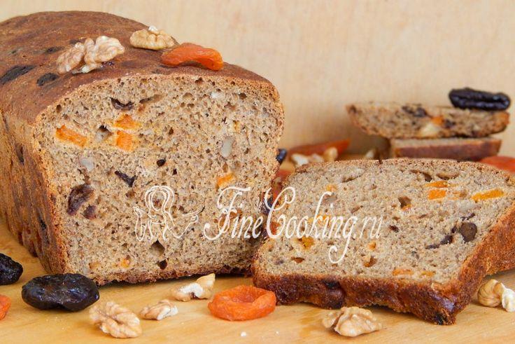 Пшенично-ржаной хлеб на закваске с орехами и сухофруктами - рецепт с фото