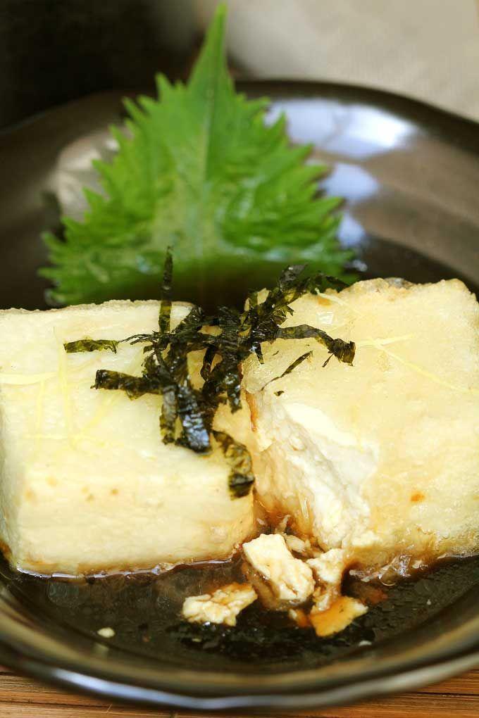 Agedashi Tofu | Lightly battered fried tofu with roasted seaweed and light kombu (kelp) dashi broth. A must try dish for all tofu lovers!