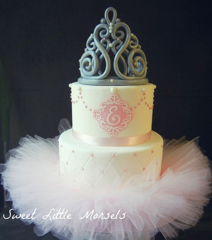 Princess Tutu Cake. I would change the color of this crown and bling it out. It doesn't suit this otherwise beautiful cake.