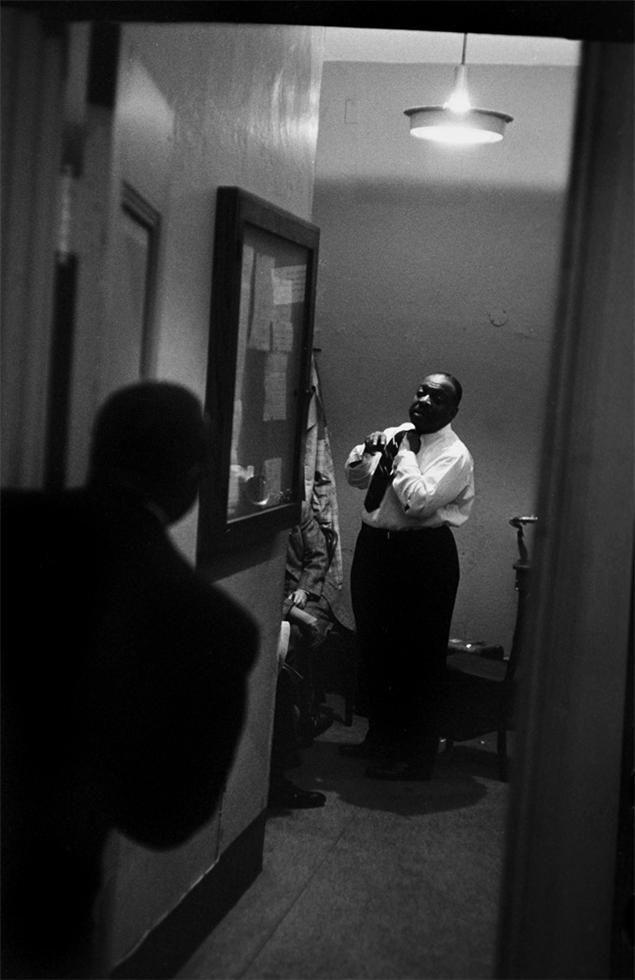 Count Basie, Paris, France, 1960 (CTB05) © Herman Leonard