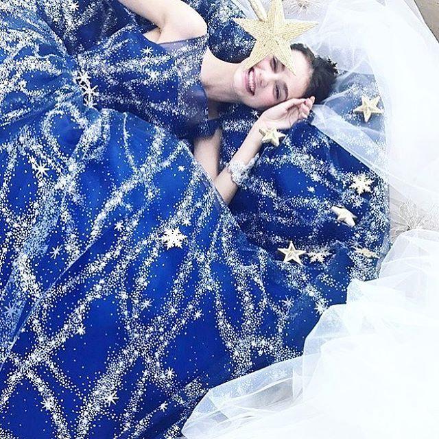 kiyokohata×marry コラボドレス発表しました。 marry編集長、津崎春乃さん@haruno45 の可愛いストーリーからできているドレスです #weddingdress #instafashion #couture #couturefashion #fashionista #dress #ウエディングドレス#ドレス#カラードレス #ブライダル #プレ花嫁 #キラキラ#星 #コラボレーション#marry#marryxoxo #marry花嫁 #きれい#大人可愛い #kiyokohata #キヨコハタ