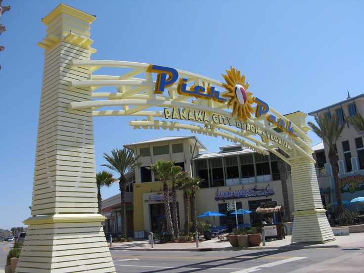 Pier Park Outdoor Shopping PCB, FL