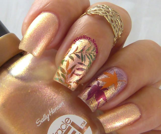 Halloween is right around the corner, and most polish aficionados are eagerly searching for frightfully festive nail art. But not all lacquer fans are into tricking out their tips. If you're on the hunt for fresh inspiration (minus the fear factor), we've got you covered. Check out the top designs we're falling for this season.