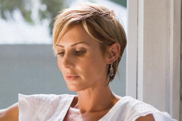 Short Hairstyles With Layers: 1000+ Ideas About Short Layered Hairstyles On Pinterest