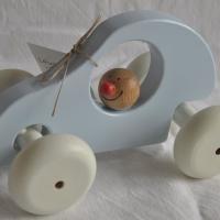 MeM In de boomgaard   Origineel hergebruikt houten speelgoed in landelijke stijl wiebelauto