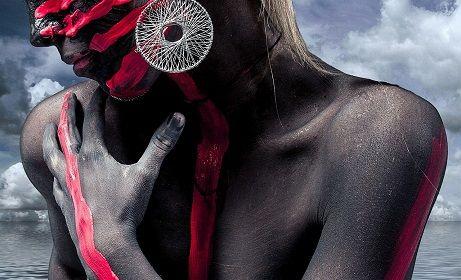 Essere #strambi E' in atto una grande rivoluzione di pensiero: il passaggio da una cultura di massa alla cultura dell'essere strambi, come rivendicazione della propria individualità…