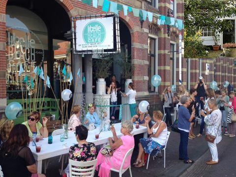 Libelle Beach Café is open!