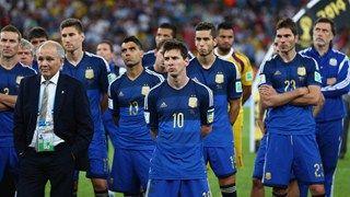 """Arriba Muchachos! - ARGENTINA VICE- CAMPEÓN DE FUTBOL del Torneo MUNDIAL """"BRASIL 2014"""". Gran honor salir sub campeones, si consideramos que habian 32 paises participantes!   ~lbk~"""