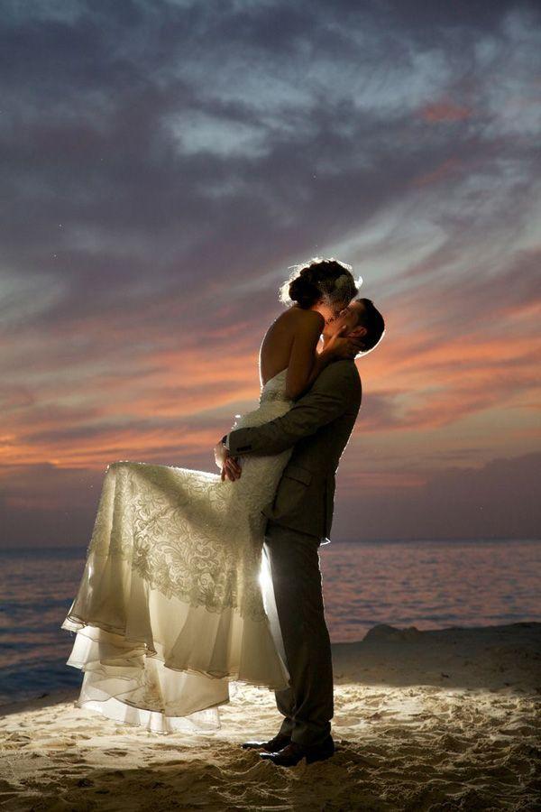 gorgeous beach wedding photos in the night