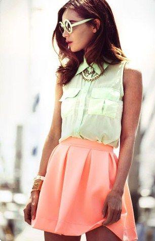Vielä on kesän värejä jäljellä.: Spring Color, Summer Outfit, Color Combos, Mint Shirts, Mint Coral, Spring Summ, Summer Color, Coral Skirts, Coral Reefs