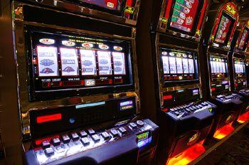 Klicken Sie auf diese Website http://bookofratricks.eu/ für weitere Informationen über Book of Ra Tricks.Wieso derartige, nicht funktionierende Tricks überhaupt angepriesen werden, ist mir jetzt klar geworden: Die Casinos kooperieren mit den Anbietern derartiger betrügerischer Systemtaktiken, die als funktionierende Book of Ra Tricks verkauft werden.
