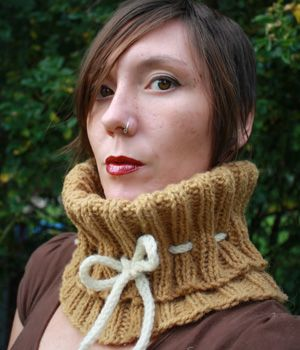 """""""Cafe au Laine"""" cowl pattern from ¡The AntiCraft! Love the name!"""