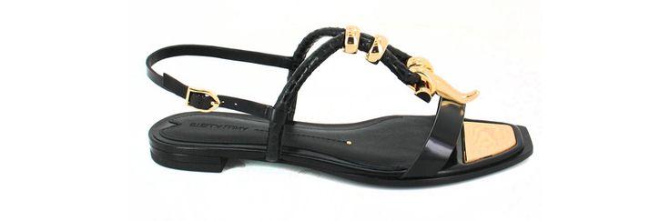 Stella Luna http://www.vogue.fr/mode/shopping/diaporama/shopping-sandales-du-printemps-ete-2014/19097/image/1007783#!stella-luna-cuir-or-shopping-sandales-ete-2014