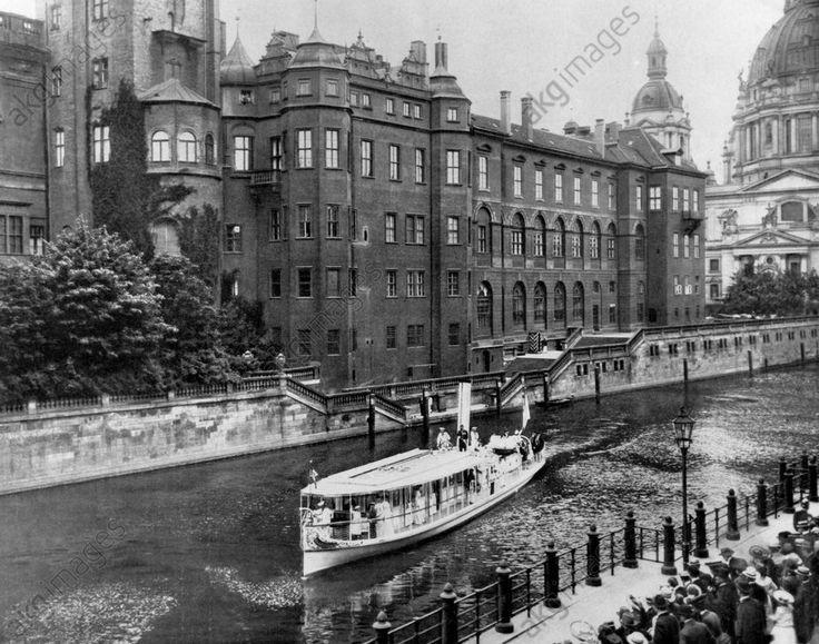 1905 Stadtschloss