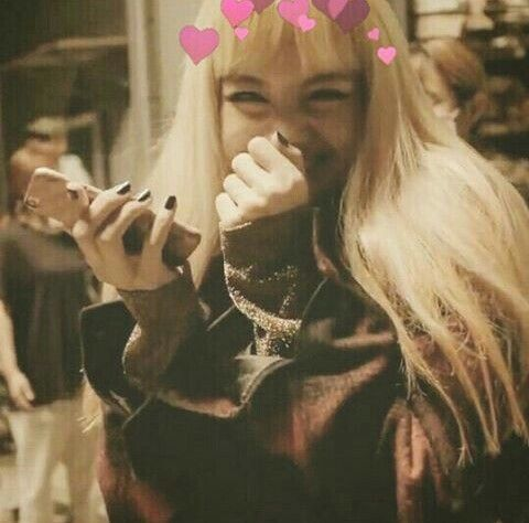 lisa | lalisa manoban | pranpriya manoban | asian | pretty girl | good-looking | kpop | @seoulessx ❤️