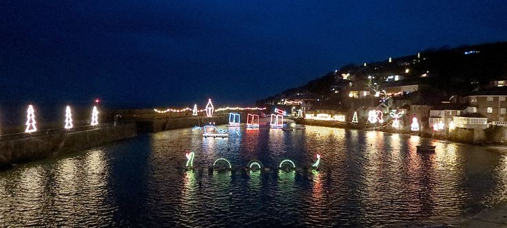 LOVE STITCHING RED Mousehole Christmas Lights