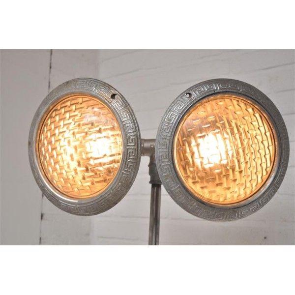 Philips lamp, ziekenhuis lamp, De Fabrikeur, vintage meubelen, industriele meubels, industrial furniture