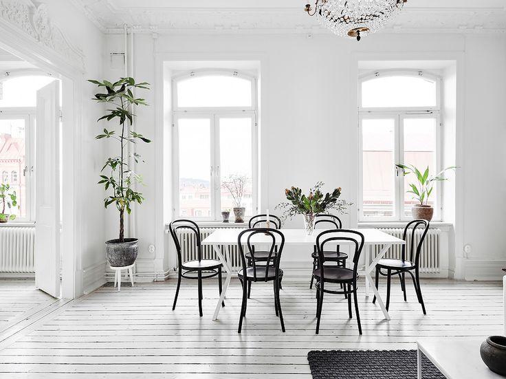 Decor monocromatic într-un apartament de 98 m² Jurnal de design interior