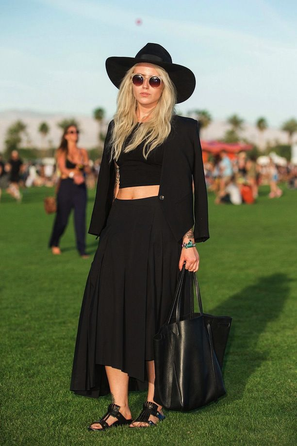Black #blazer, hat, long #skirt, bag, sandals. Summer street women fashion @roressclothes closet ideas