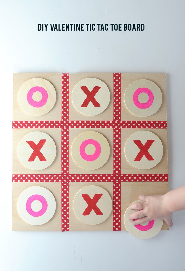 DIY Valentine Tic Tac Toe Board