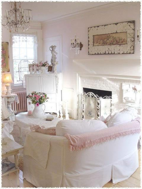 Shabby Cottage Chic living room decor