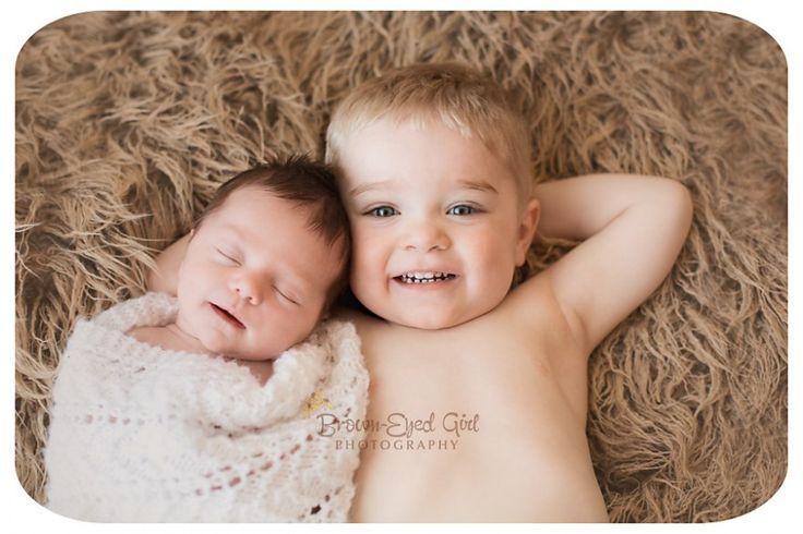 regina-newborn-siblings-photography(pp_w880_h586)