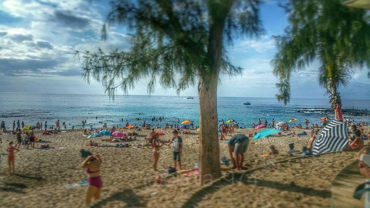 Boucan canot   #iledelareunion#reunionisland #team974 #974 #gotoreunion #madein974 #sea #sun #bluesky #horizon #all_shots #beach #summer #love #paradise #people #follow #like #lidow #instadaily #instago #instashare #boucan #holidays #qualiente #lol #girl by okoia_974