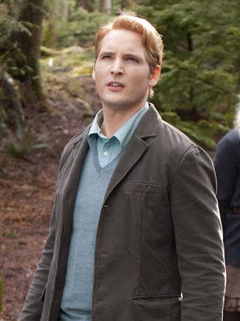 Carlisle Cullen - Check out MLQ's Twilight Saga quizzes at http://www.movielinesquiz.com/quizzes/franchises/twilight-saga