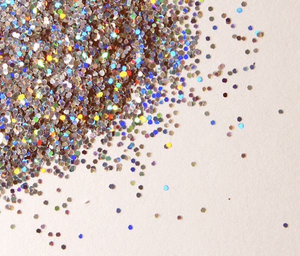 Send your enemies glitter! Now you can spread this wonderful experience to a person you dislike!