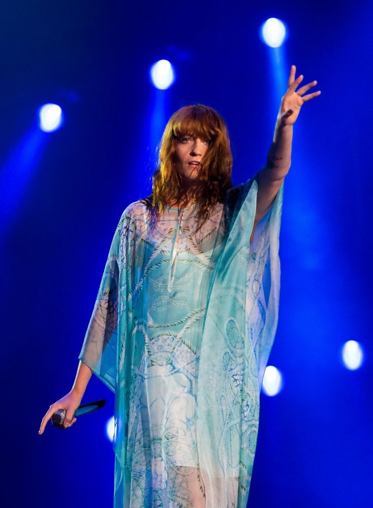 Florence Welch | GRAMMY.com: Photos, Staging, Florence Welch