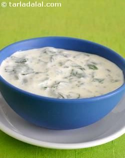 Palak raita, the most popular and common raita in indian cuisine, very easy to make and taste best when served chilled.